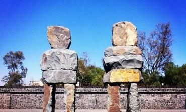 Emociones primigenias con los gigantes de piedra de Ugo Rondinone, en el Museo Anahuacalli