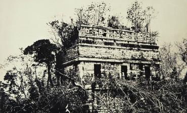 El surgimiento de la fotografía arqueológica por Claude-Joseph Désiré Charnay