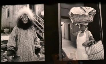 ¿Qué tan parecidos somos a quienes viven en Alaska? Yolanda Muñoz y Lourdes Grobet lo demuestran