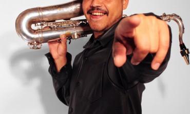 ¡Qué suene el be bop con el sax de Cristian Mendoza!