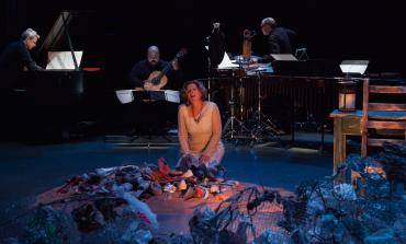 Cuatro Corridos que le cantan a las mujeres explotadas, en la ópera de @jvolpi en el @cenartmx