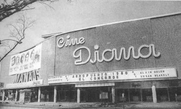 ¿Sabes qué pasó con las antiguas salas de cine en la #CDMX? @Factico_Mx te cuenta
