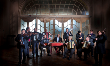 La alegría y exaltación de la música romaní llega al Cervantino con Taraf de Haïdouks