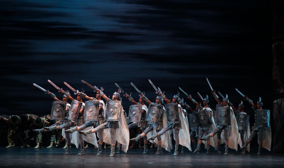 El Ballet Liaoning de China presenta la obra Espartaco en el Cervantino