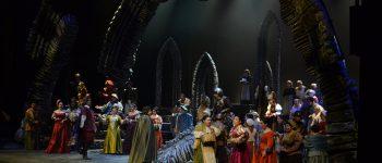 Los puritanos llegan al Palacio de Bellas Artes