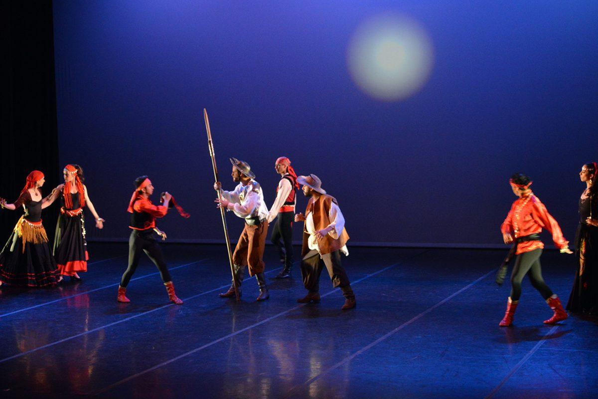 ¡Vamos a cabalgar con Cervantes! 4×100=Quixote 400 años de cabalgata de Compañía de Danza Ardentía