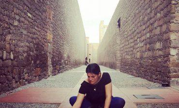 La Rebelión: un libro de Rocío Cerón que ensaya sobre lo cotidiano