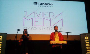 Sé parte del mundo retro-futurista de Javiera Mena